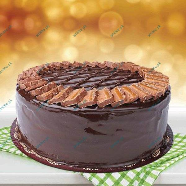 21212-send-cakes-to-lahore-giftoo